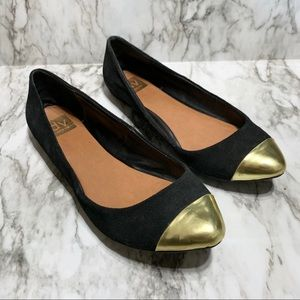 Dolce Vita | Gold Toe Flats